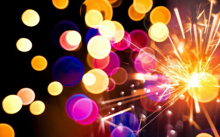 6969930-fireworks-sparkler